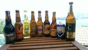 Eine Auswahl an griechischen Bieren