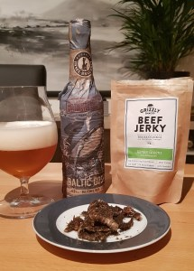 Bier und BeefJerky (1)