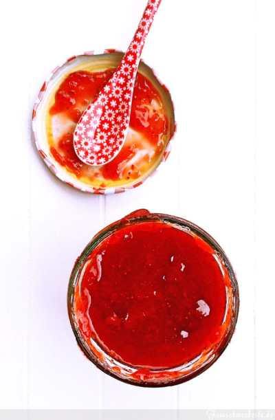 Klassische Erdbeer Marmelade mit Rohrzucker einfach selbst machen
