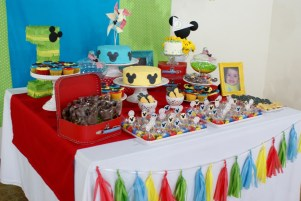 Festa do Mickey / Felícia