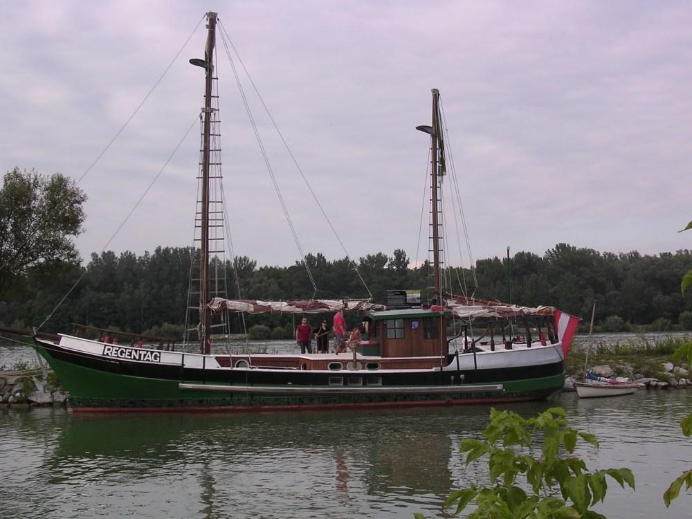 Hundertwasser - Regentag (1/6)