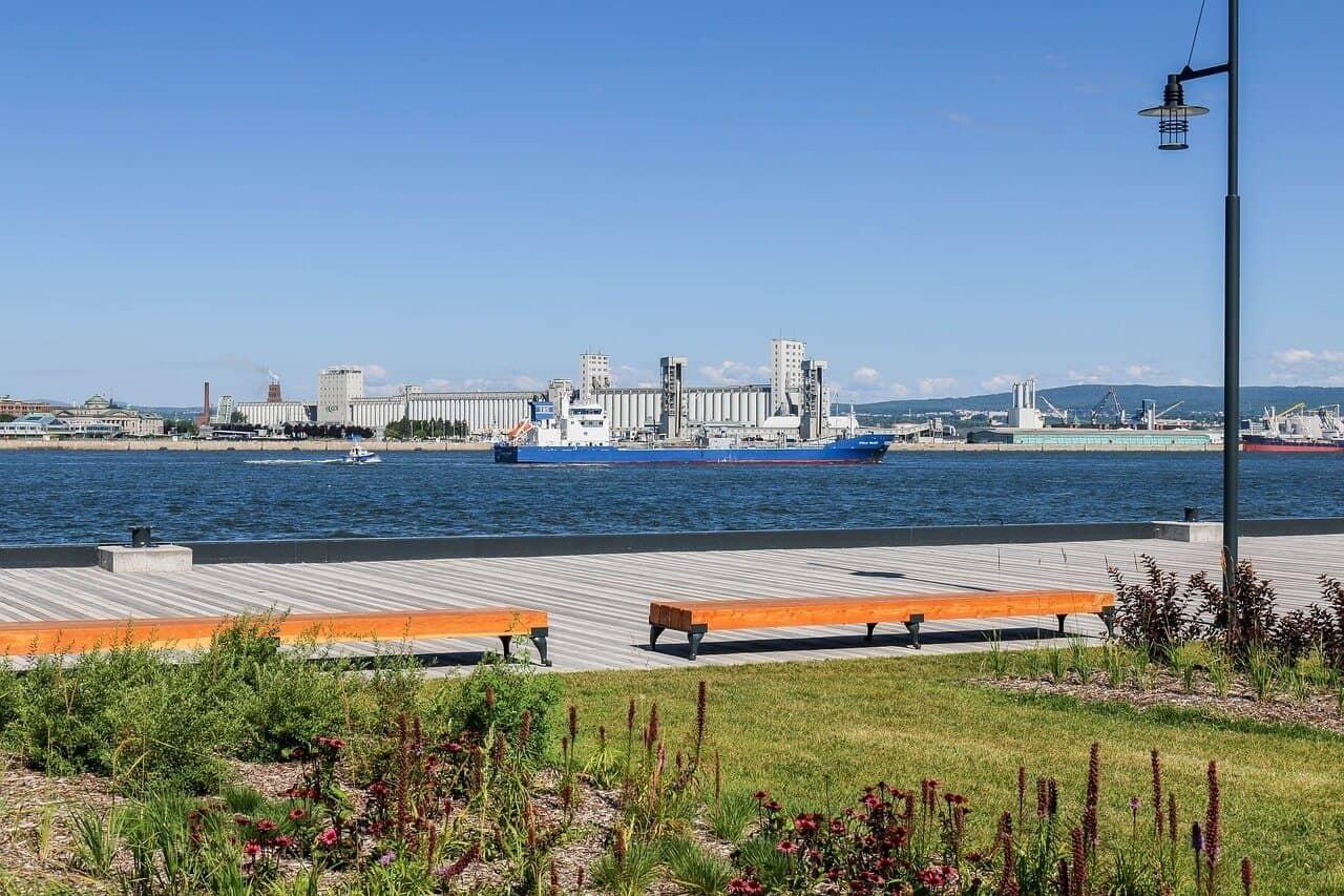image of a coastal city