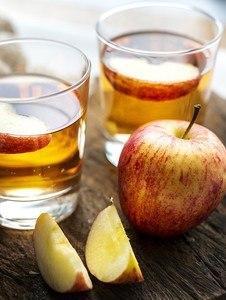 image of glass of apple vinegar