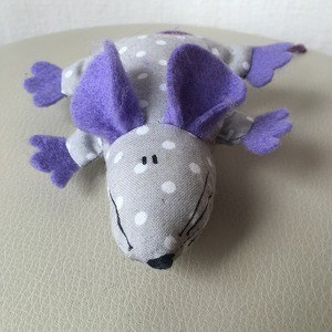image of a diy toy mouse