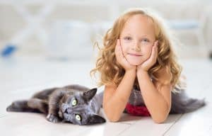 child and kitty