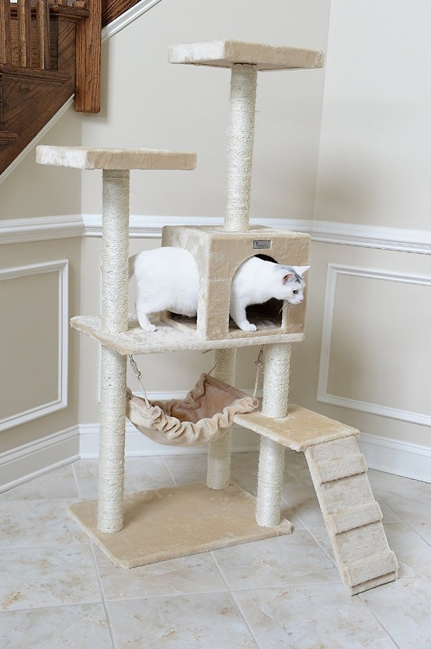 Best Cat Trees For Large Cats - Heavy Duty Big Sturdy Cat Towers [2020] 3