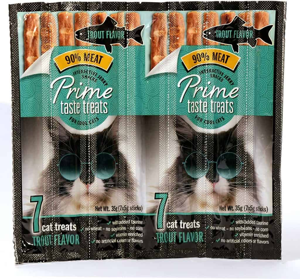 Our Top 6 Best Cat Treats for 2021 Plus When and How to Feed Your Pets 18