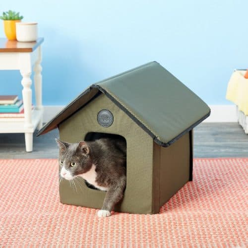 Best Outdoor Cat House for 2020 Plus Reviews of Other Top Picks 25