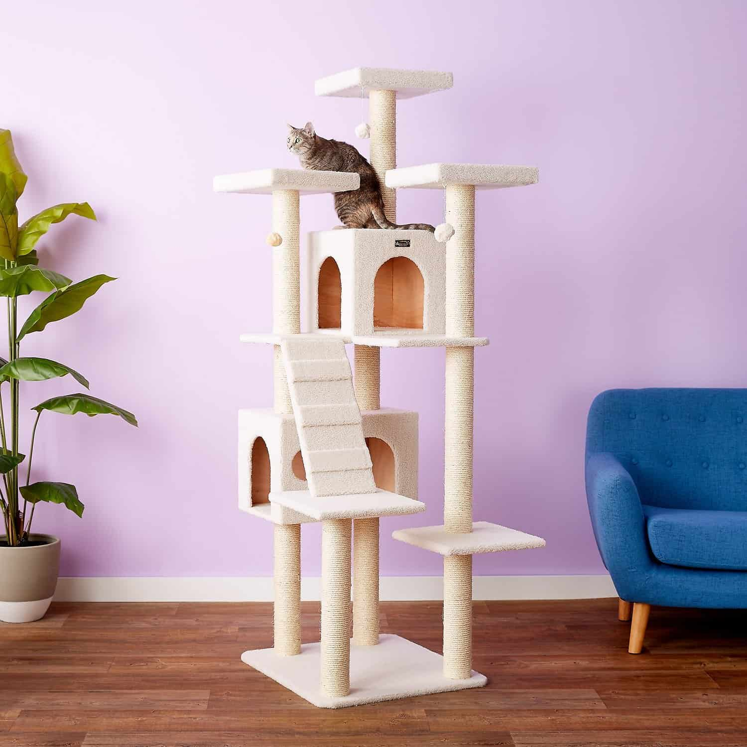 Best Cat Trees For Large Cats - Heavy Duty Big Sturdy Cat Towers [2021] 4