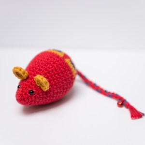 myszka z kocimiętką dla kota
