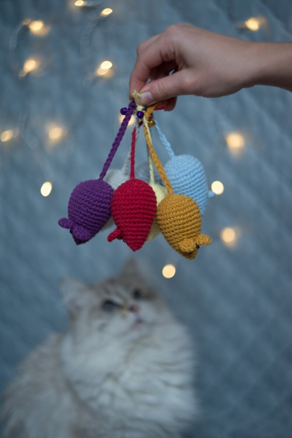 zabawka dla kota mysz z kocimiętką i walerianą
