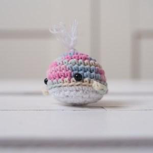 zabawka dla kota wielorybek