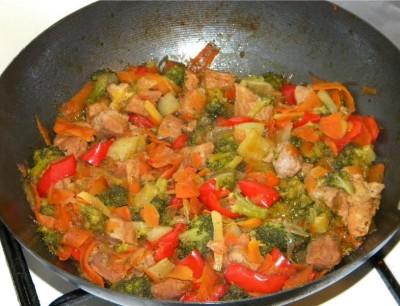 pui-cu-legume-in-stil-chinezesc