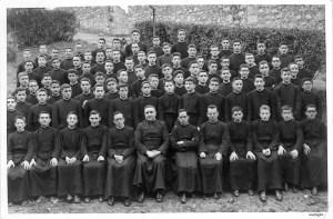 Grupo de Primero de Noviciado en Limpias de 1955-56