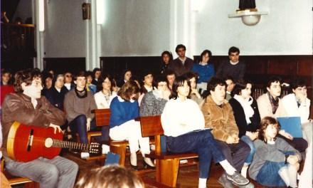 Evocaciones al atardecer XVII: Los cursos de inglés de verano,  un campo  abonado para la nueva pastoral juvenil