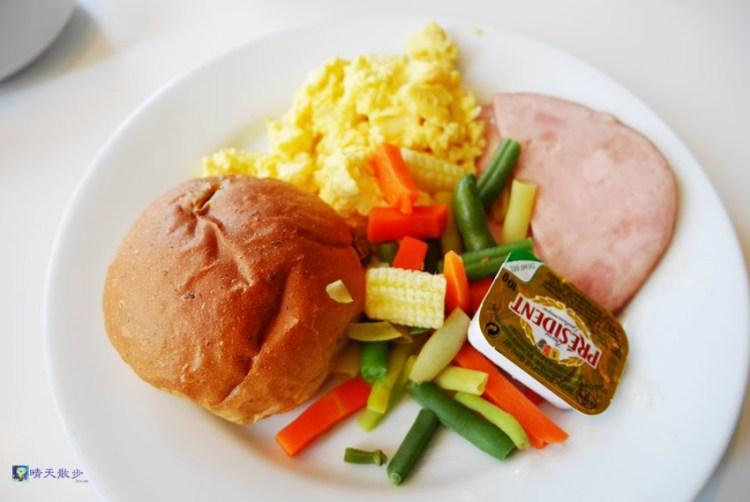 南屯早午餐 台中IKEA早餐~中西式銅板早餐 飲料無限續杯 平價早午餐 環境舒適 停車方便