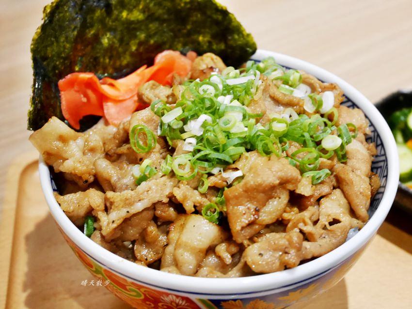 逢甲美食 牛丁次郎坊逢甲店~深夜裡的和魂燒肉丼 肉肉控最愛的日本味 黑豬丼x肋眼牛排定食 美味雞白湯免費喝