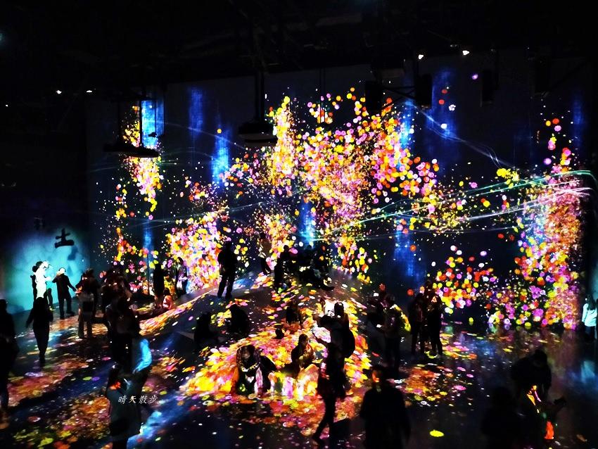 台場景點 teamLab Borderless數位藝術美術館~沒有地圖、沒有邊界的互動光影藝術,讓人驚艷,處處有驚喜!