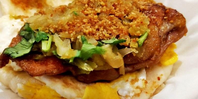 逢甲美食|東海刈包大王逢甲店~台灣傳統小吃割包,夾著爌肉、花生粉、酸菜、香菜的台式漢堡!