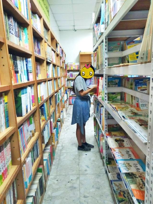 IMG20190824135120 - 華曜書局~專營童書、教具、國小、國中、高中教科書的書局,也有桌遊喔!(可使用藝FUN券)
