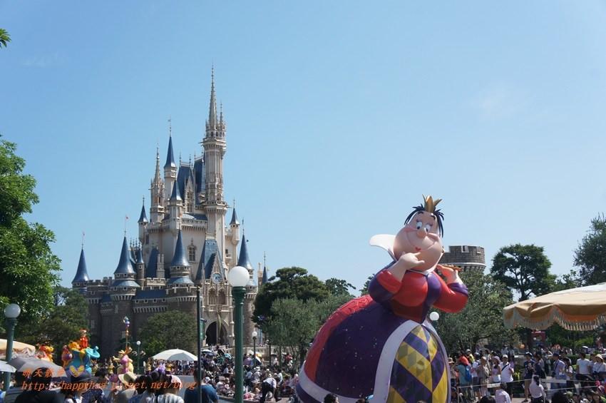 東京迪士尼攻略~帶老人家玩迪士尼的必玩項目和注意事項 扶老攜幼也可以暢遊Disneyland