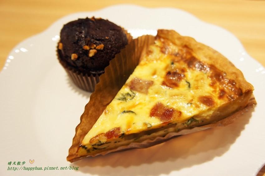 五月微風May Breeze~隱身在大墩二街的個人鹹派工作室 結合台灣味的法式鹹派 口味獨特又創新 爆漿小白巧克力蛋糕好好吃