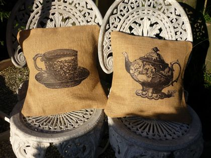 TEAPOT AND TEACUP HESSIAN CUSHION COVER