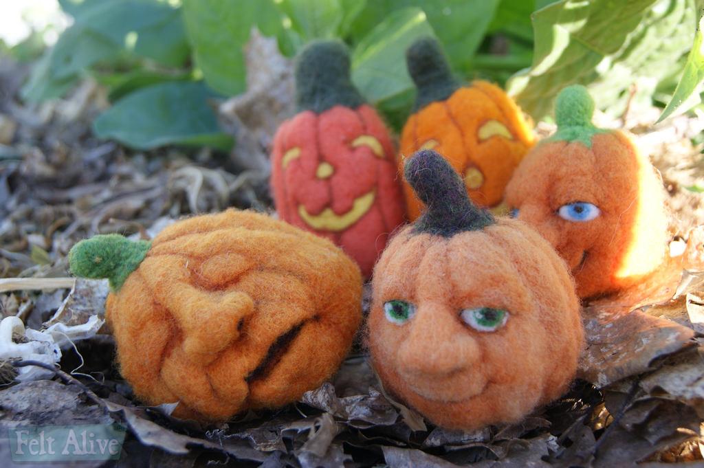needle felting class - pumpkins and jack o'lanterns