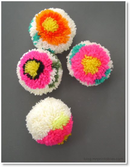 Flower Pom Poms Diy