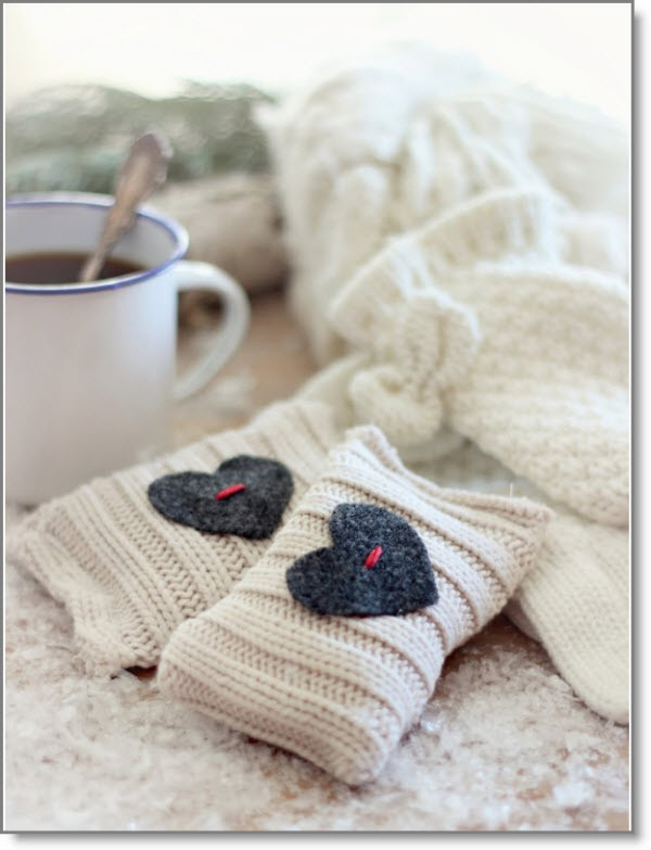 up styled sweater hand warmers