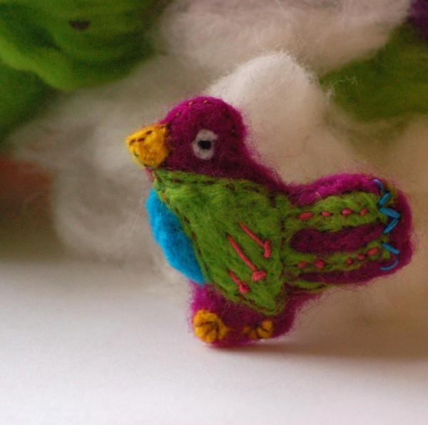 DIY Felted Bird Brooch