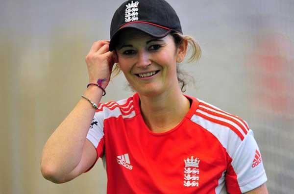 Charlotte Edwards - Female Cricket