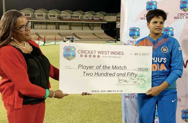 Shafali Verma receiving Player of the Match Award