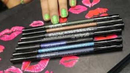 Colorbar Just Smoky Eye Pencil/  12 Best Eyeliners in India 2020 Update