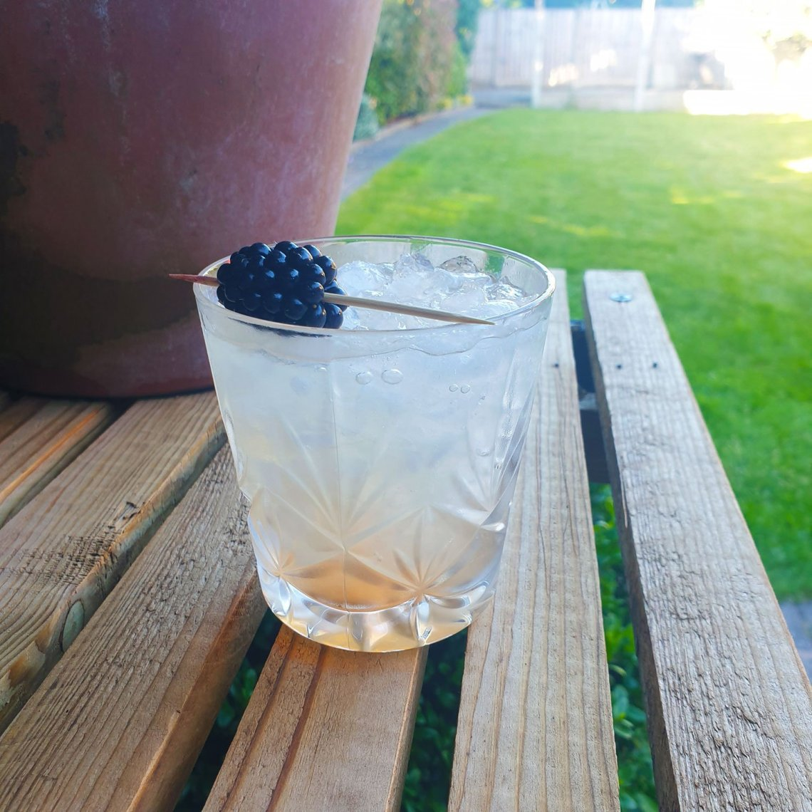 Bramble Cocktail Recipe - Female Original