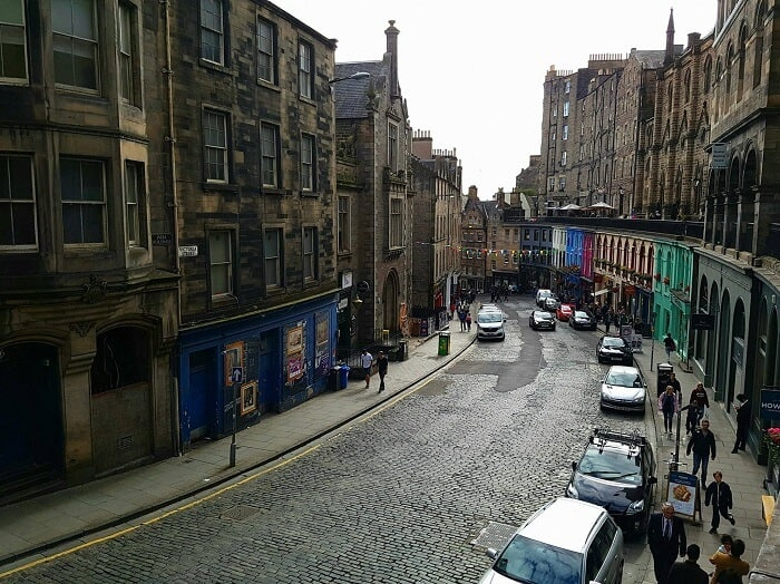Edinburgh's iconic architecture can be seen in Victoria Street