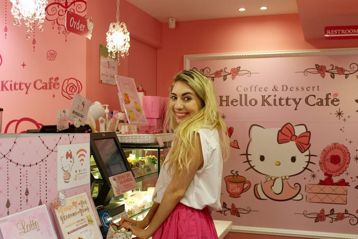 Hello Kitty Cafe, exploring Seoul city guide
