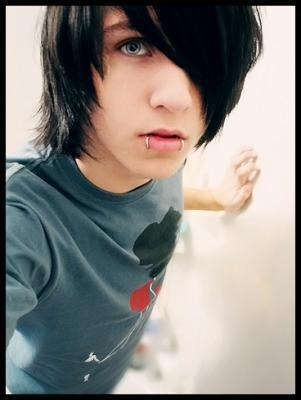 emo emoboy Alex Evans