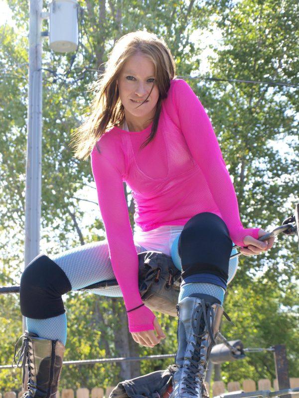 fciwomenswrestling.com article, wb270 photo
