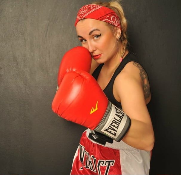 boxer girl role play cams