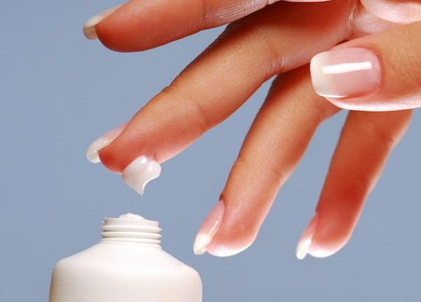 Drop of moisturizer