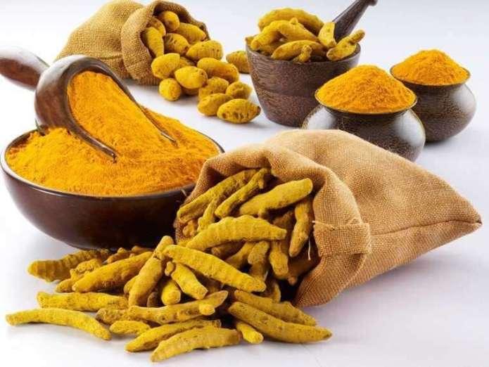 Bengal gram flour and turmeric for remove tan