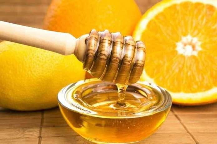 Lemon juice and honey for remove tan