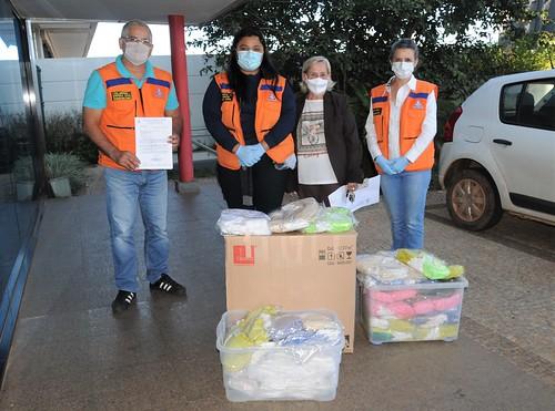 Defesa Civil recebe 5400 máscaras de costureiros do Recanto das Emas
