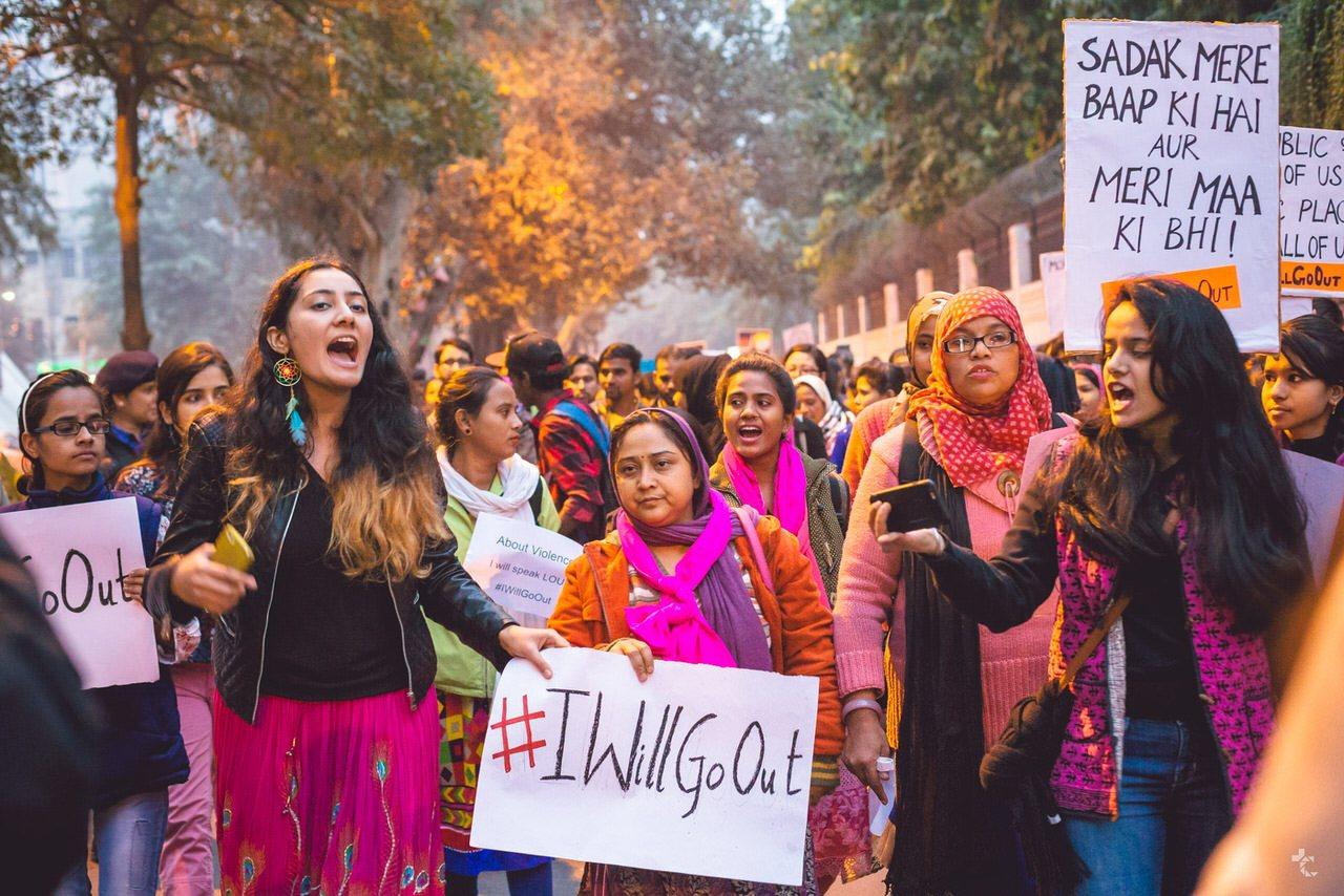 6 Times Desi Women Reclaimed Public Spaces As Their Own
