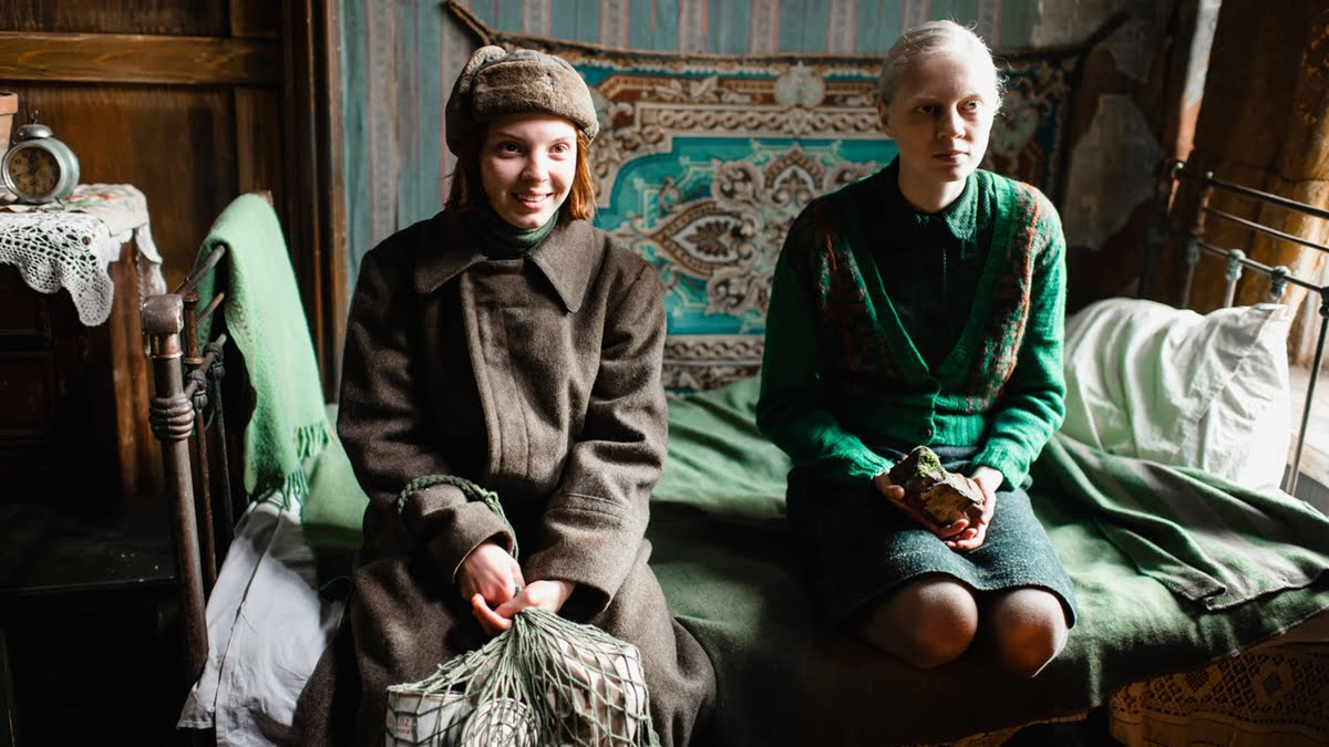 Review: Beanpole–A Powerful WWII Russian Feminist Drama On Women's Lives