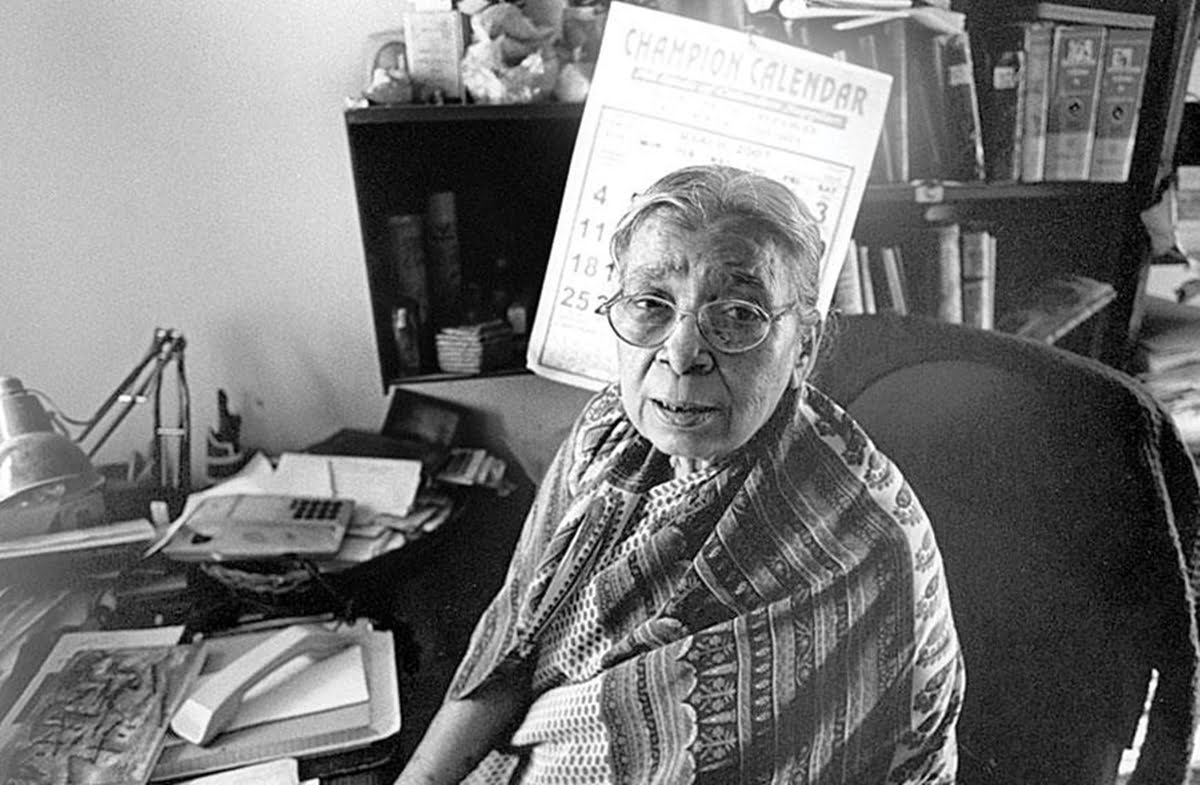 Remembering Mahasweta Devi, The Social Activist On Her Birth Anniversary