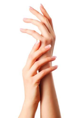 zniszczone-paznokcie