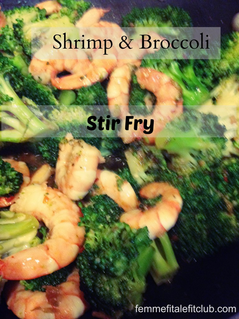 Meal Mondays: Shrimp and Broccoli Stir Fry Recipe #healthymeals #stirfry #shrimp #broccoli #veggies #steamedveggies #stirfryrecipes #shrimprecipes