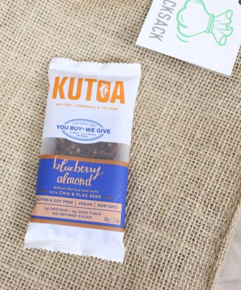 Blueberry Almond Bar by Kutoa
